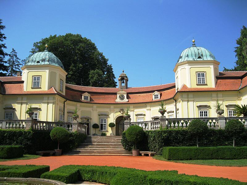 Moravia travel: palace