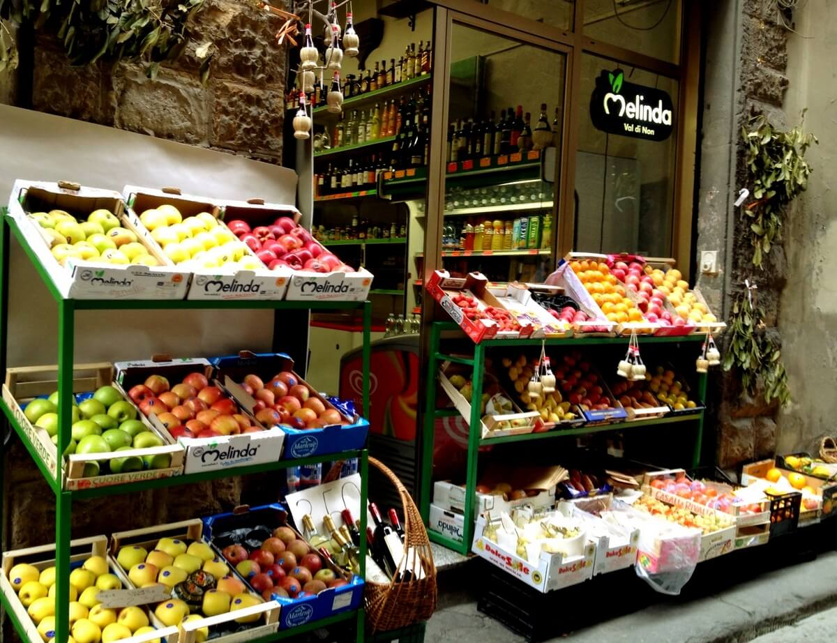 fresh fruit Italy