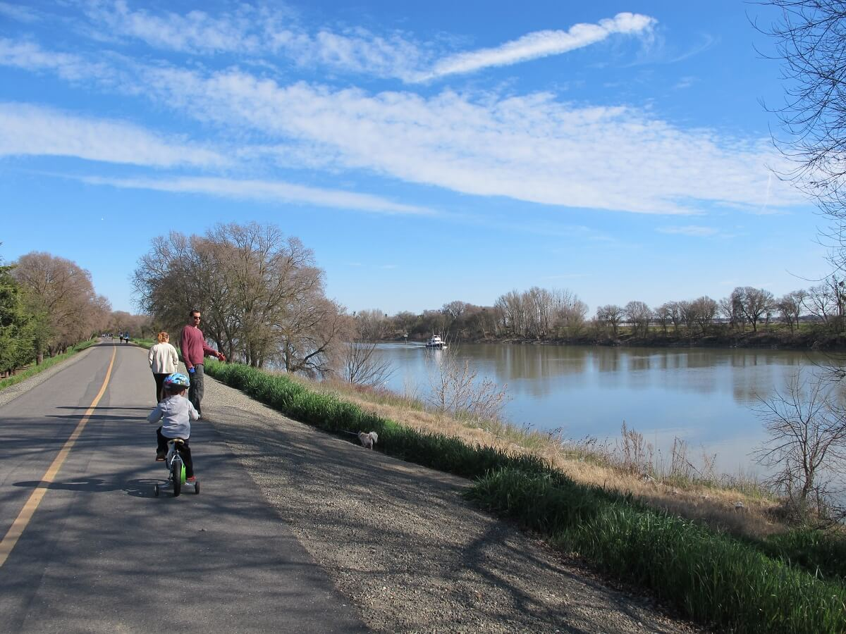 bike trail sacramento