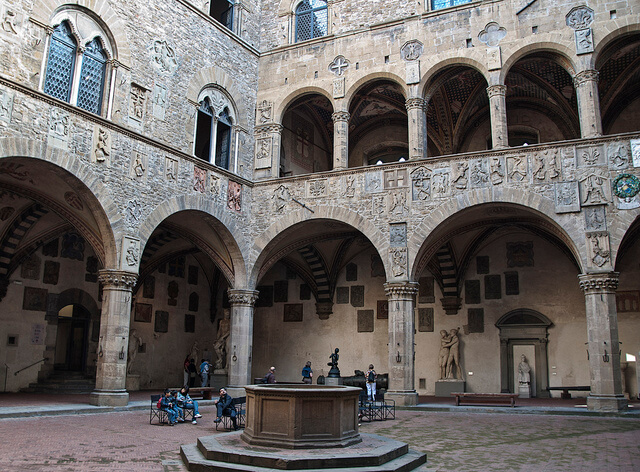 bargello museum courtyard