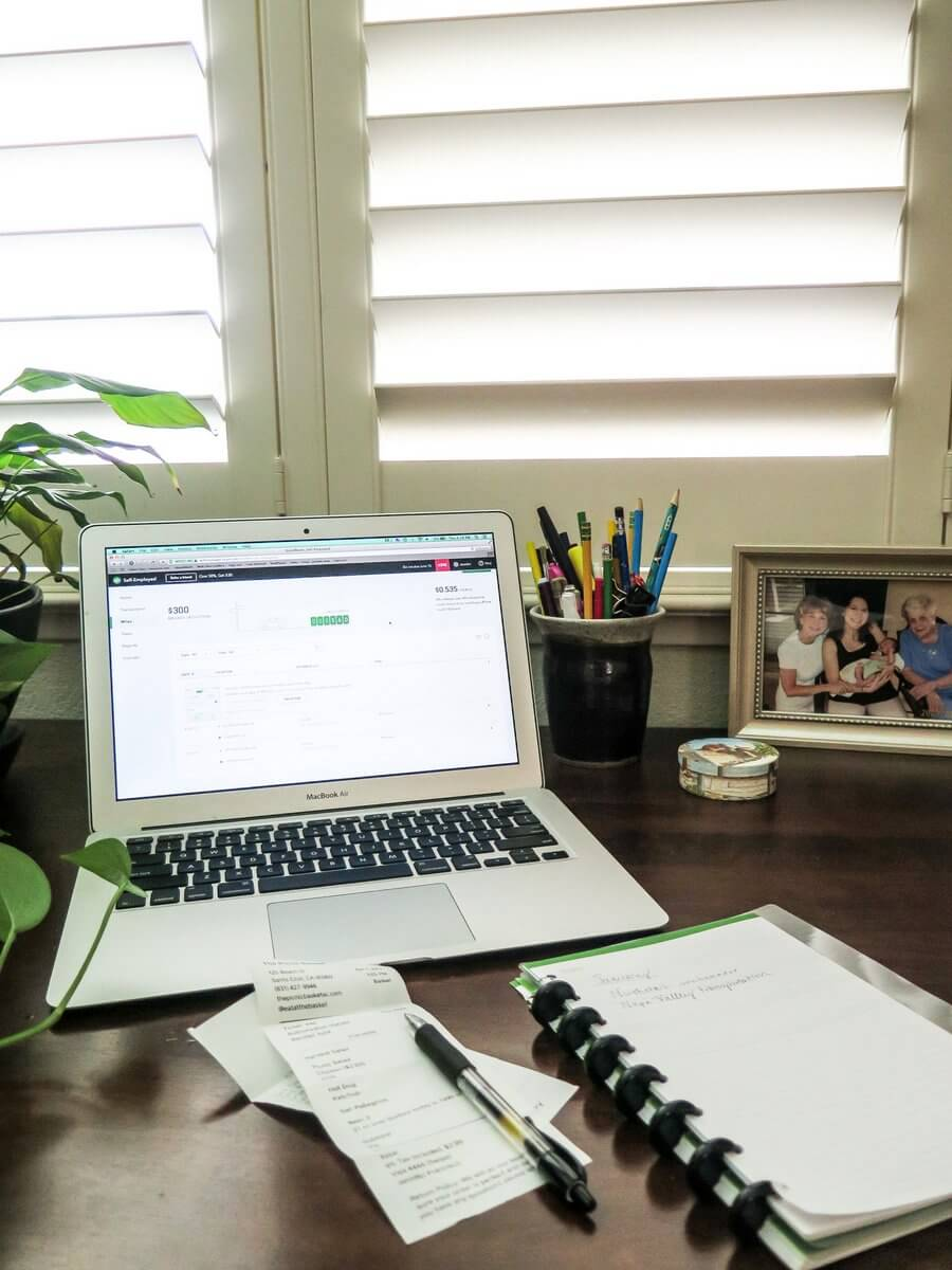 How bloggers can save time on their taxes