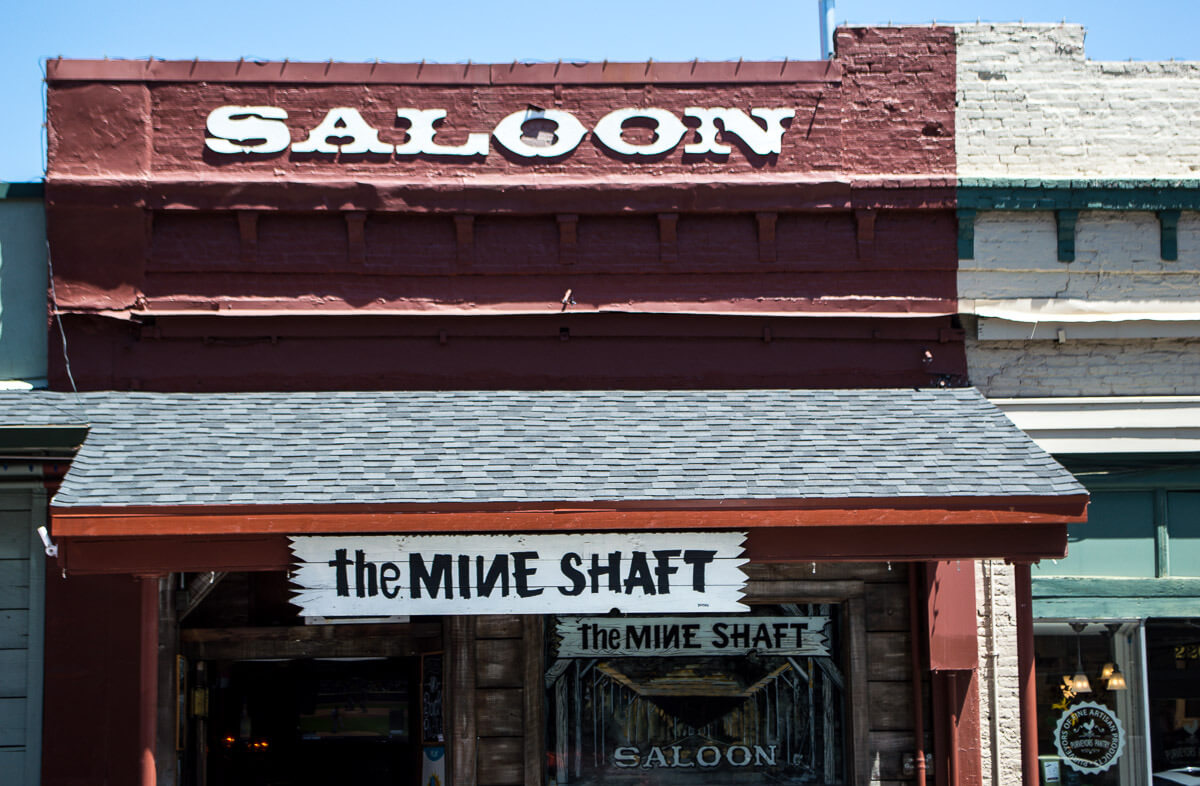 Nevada City saloon