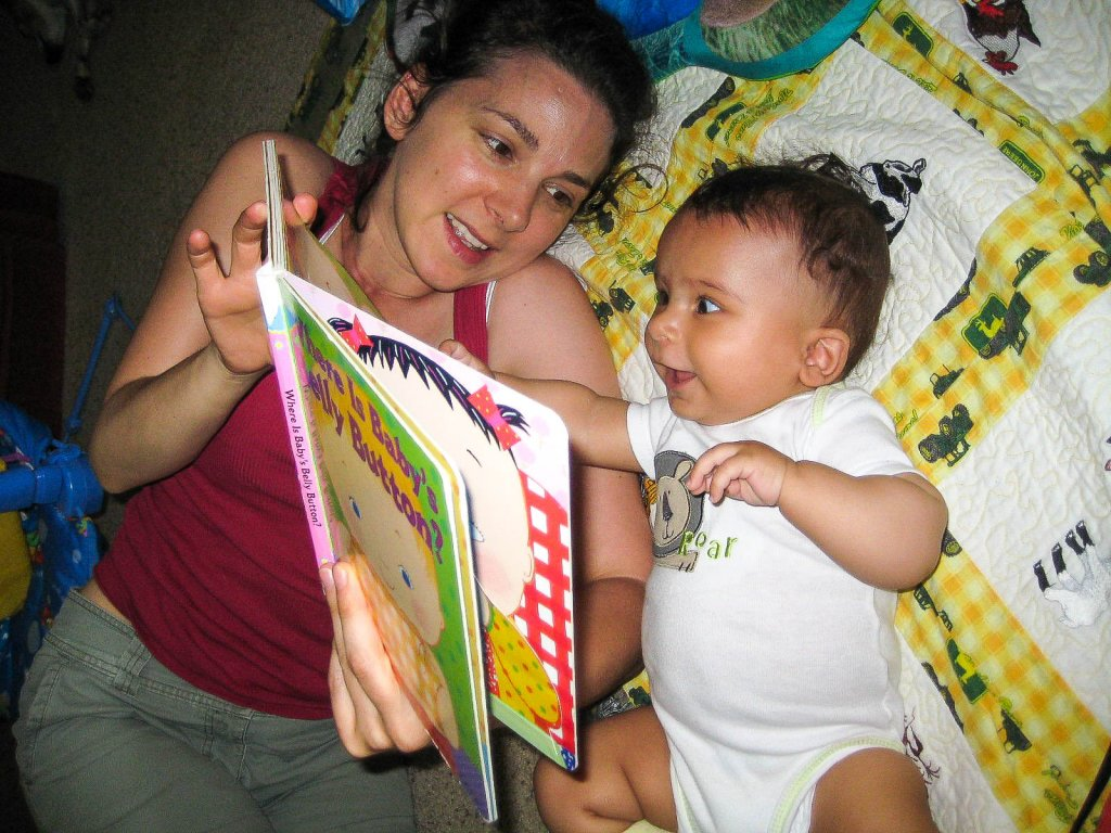 How to get kids interested in reading: best books for babies